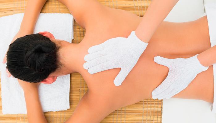 Seidenhandschuh-Massage-2